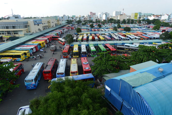 MÙt góc b¿n xe miÁn ông, Q. Bình Th¡nh, TP.HCM -