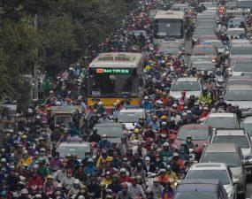 Phát triển vận tải công cộng rồi hãy siết xe cá nhân – Báo Pháp Luật